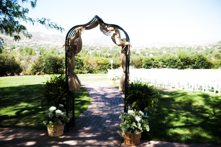 Gallery For Rustic Wedding Arch With Burlap