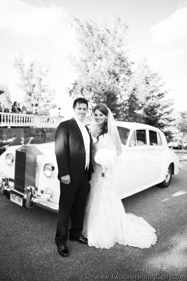 Strausheim_Manrique_Two_One_Photography_couchmanorhousewedding060_low