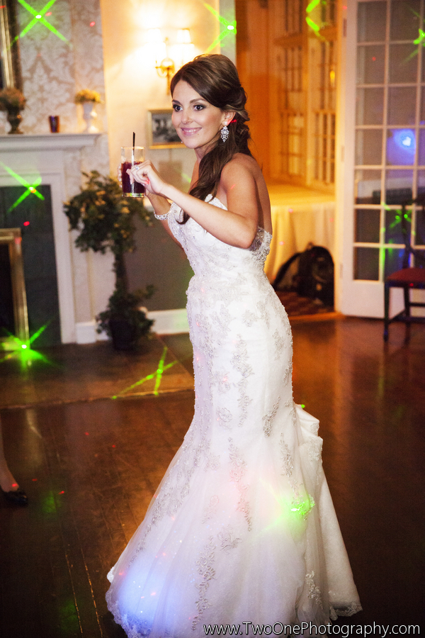 Strausheim_Manrique_Two_One_Photography_couchmanorhousewedding133_low