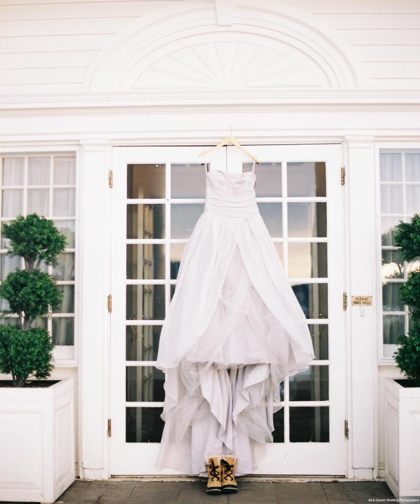 Dreamy-Winter-Wedding-Ali-and-Garrett-Photographers0001