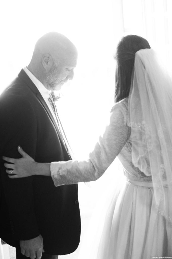 Dreamy-Winter-Wedding-Ali-and-Garrett-Photographers0003