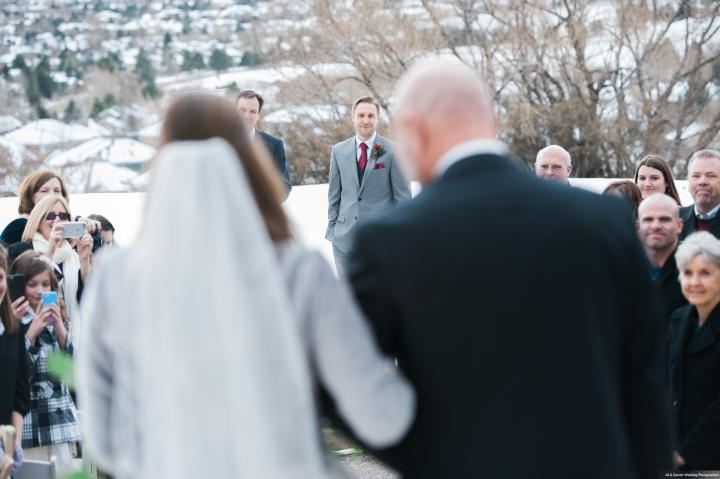 Dreamy-Winter-Wedding-Ali-and-Garrett-Photographers0004
