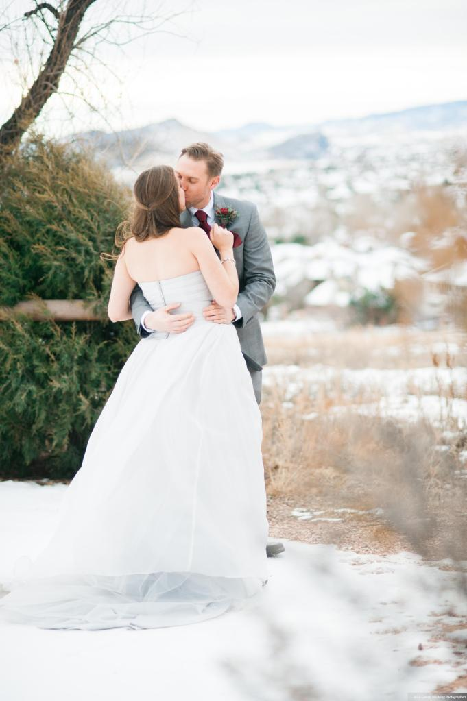 Dreamy-Winter-Wedding-Ali-and-Garrett-Photographers0011