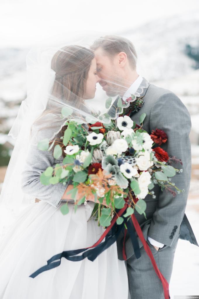 Dreamy-Winter-Wedding-Ali-and-Garrett-Photographers0015