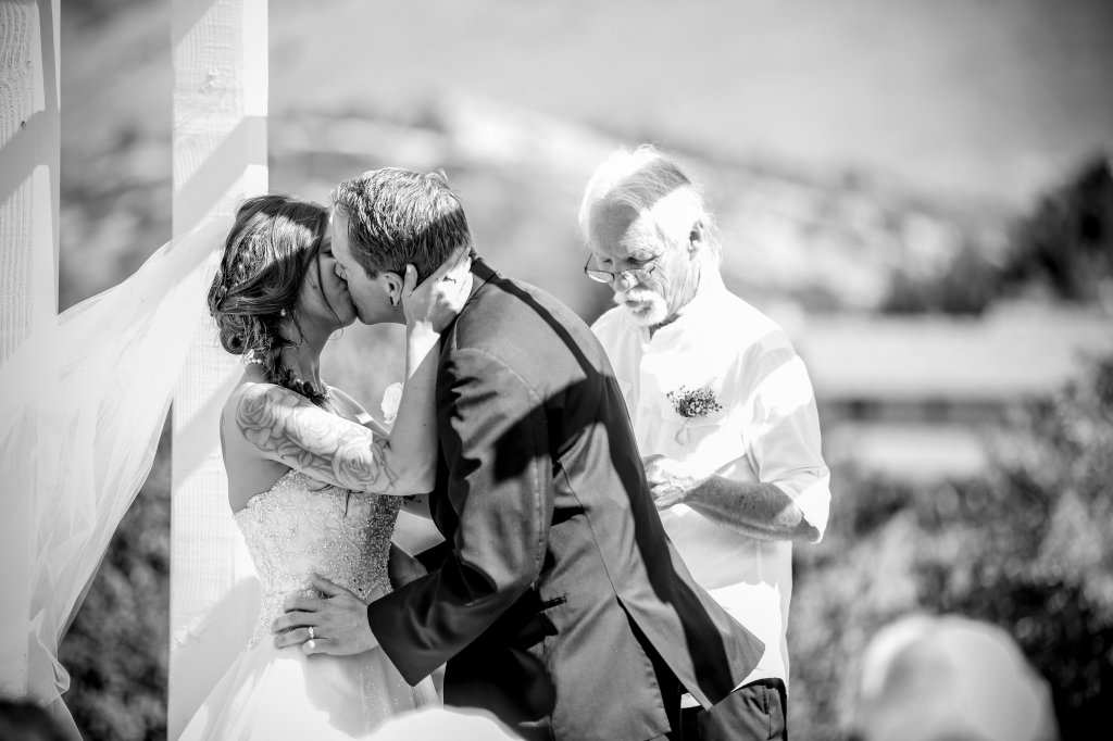 View More: http://dawnsparks.pass.us/sullivan-barta-wedding