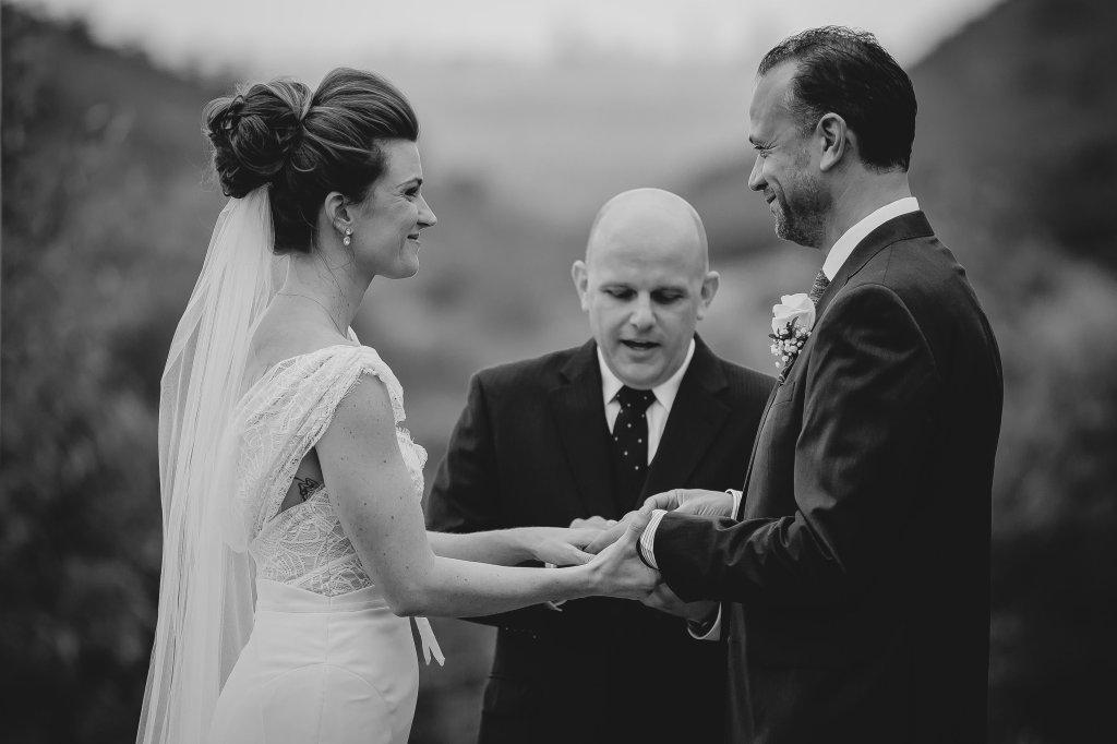 Intimate-Romantic-wedding-mallory-munson-photography0005