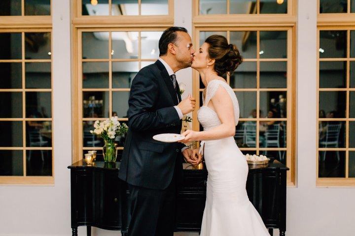 Intimate-Romantic-wedding-mallory-munson-photography0016