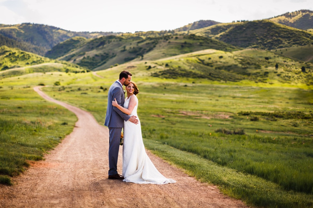 Gillespie-Photography-Yellow-and-Gray-Summer-Wedding0007