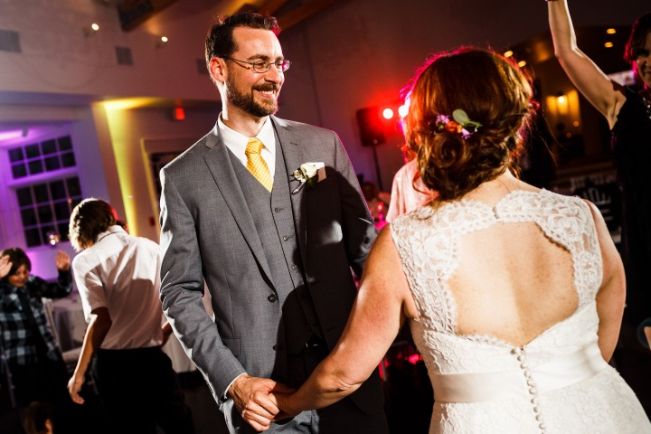 Gillespie-Photography-Yellow-and-Gray-Summer-Wedding0014