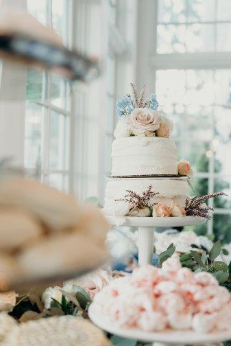 Lauren + Garrett // Manor House Wedding